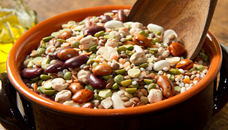 Yummy 15 Bean Soup For A Cold Fall Day